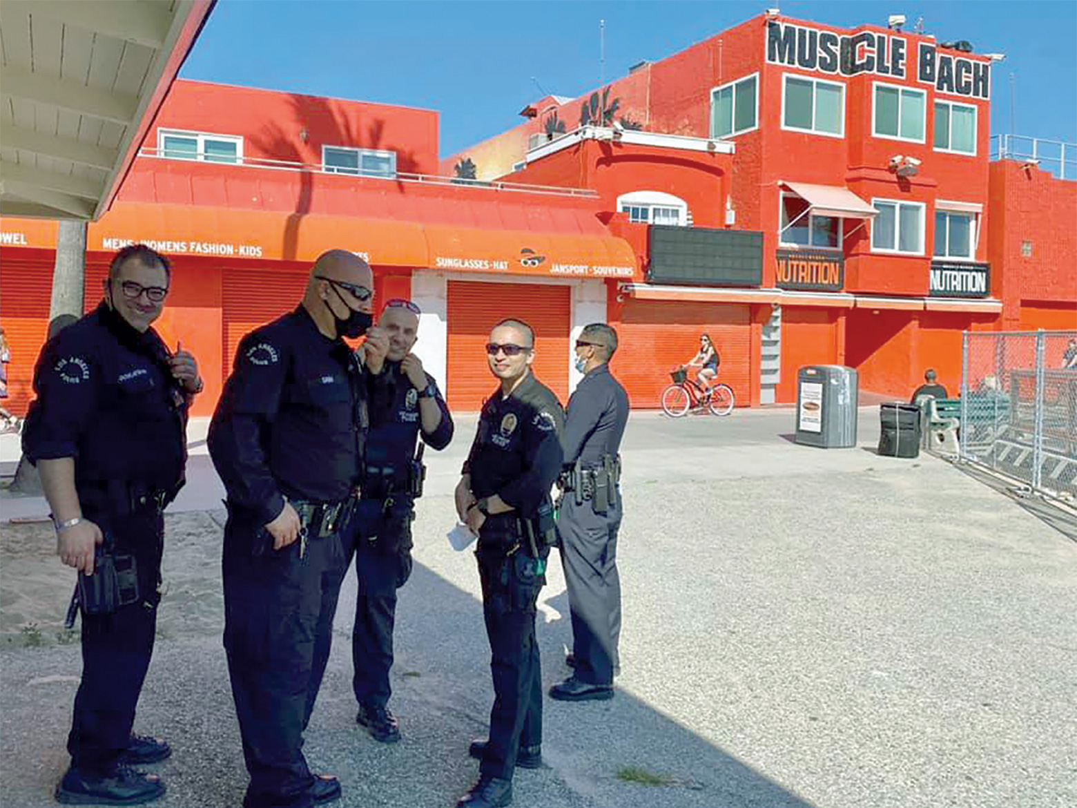 lapd-reserves-go-above-and-beyond-during-covid-19-36-venice-beach-detail-alt